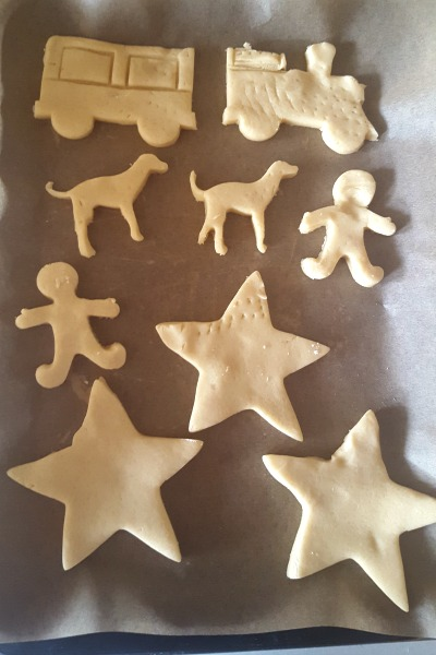 Curious Incident biscuits
