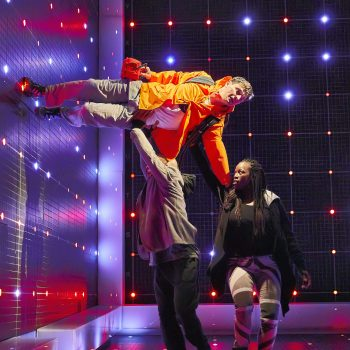 Joshua Jenkins Craig Stein and Gemma Knight Jones in The Curious Incident of the Dog in the Night-Time – Photo Brinkhoff/Mögenburg