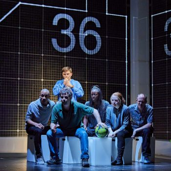 Joshua Jenkins & Ensemble in The Curious Incident of the Dog in the Night-Time – Photo Brinkhoff/Mögenburg
